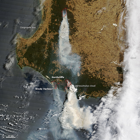 Bushfires Menace Towns in Western Australia : Image of the Day   Geography classroom   Scoop.it