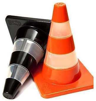 Salero y pimentero con forma de conos de tráfico.   Mil ideas de Decoración   Accesorios decoración   Scoop.it