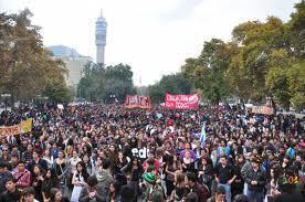 Monde : des manifestations monstres à Santiago du Chili | LYFtv - Lyon | Scoop.it