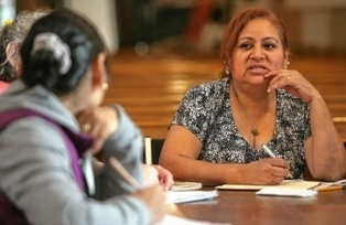 Spanish language classes help open the door  to English | Spanish in the United States | Scoop.it