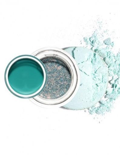 Maquillage : comment porter le vert d'eau - Elle | Beauté | Scoop.it