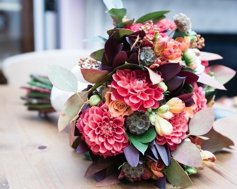 AUTUMNAL FLOWERS | Same Day Flowers Delivery in London | Scoop.it