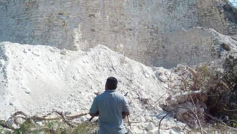 Aannemer sloopt Mayatempel om wegen te vullen | KAP-ANGELO | Scoop.it