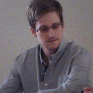 Snowden asylum 'limited blow' to Russia-US ties: Experts - Politics Balla | Politics Daily News | Scoop.it