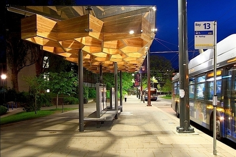 Bus shelter is built of glulam wood to act like an abstract tree | PROYECTO ESPACIOS | Scoop.it