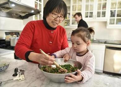 This Chinese grandma forages and cooks - The Boston Globe | Food memoirs, history, writing, recipes, art | Scoop.it