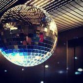 Disco européen: une boule à facettes dans votre sapin de Noël - Trans Eurock Express | News musique | Scoop.it