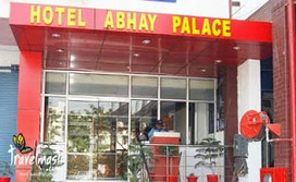 Budget Hotel in Ghaziabad,3 star hotel in Ghaziabad,Marriage Party Banquet Hall - 9310448893: Enjoy luxurious stay with sumptuous food at Family Dining Restaurant. | Hotel Abhay Palace | Scoop.it