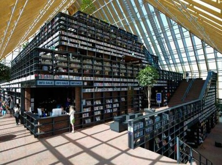 "Wow! Library Design: The ""Book Mountain"" Library Opens Today in the Netherlands 