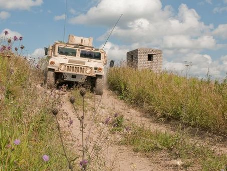 Vehicle security's hot topic: Cyber threats - C4ISR & Networks   Defense Aerospace Market   Scoop.it