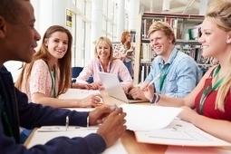 La classe inversée. Episode 2 - La réorganisation de l'espace temps et le positionnement de l'enseignant | Numérique et études supérieures | Scoop.it