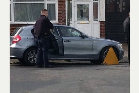 Woman shuts herself in car in dispute with bailiffs in Purley | on-line marketing | Scoop.it