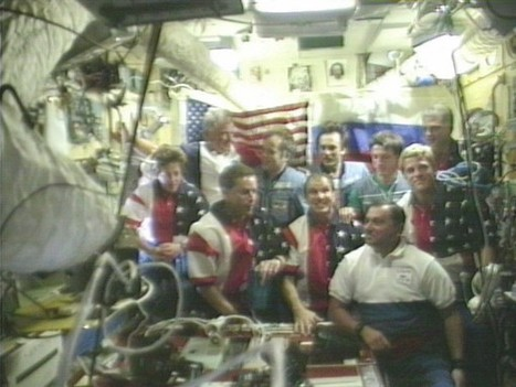 February 20, 1986 has been bred into orbit orbital research station Mir. 15 years later, the station sank in the Pacific Ocean. | Gadget Blog | Jacob gadget | Scoop.it