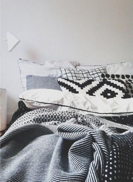 Idée déco pas chère pour la chambre : mixer les coussins ! | décoration & déco | Scoop.it