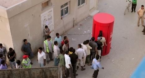 Coca-Cola offre 3 min d'appels internationaux aux ouvriers en échange de bouchons   streetmarketing   Scoop.it