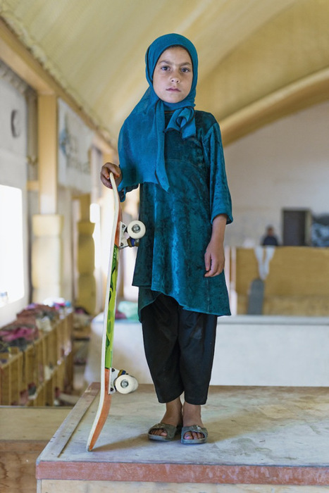 Forbidden from riding bikes, fearless Afghan girls are skateboarding around Kabul | The Blog's Revue by OlivierSC | Scoop.it
