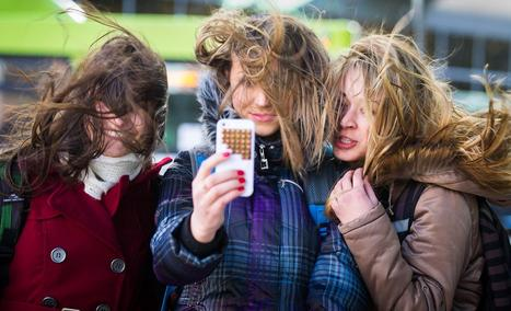 Selfies (Probably) Not Spreading Lice Among Teens, Expert Says  - NBC News | Morning Radio Show Prep | Scoop.it