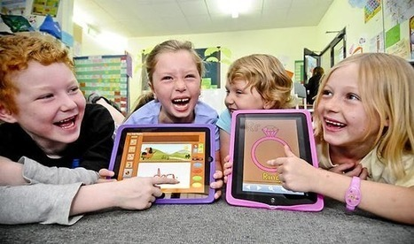 How iPads Can Refresh Traditional Classrooms | Edudemic | Learning with tablets | Scoop.it