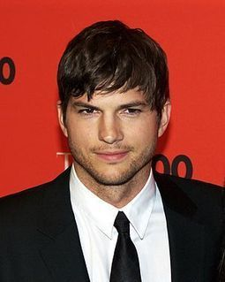 Why Ashton Kutcher's 15M Followers Doesn't = End of Days: Forbes Says @Scoopit Rocks | Startup Revolution | Scoop.it