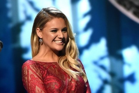 Kelsea Ballerini to Receive Rising Star Award at Billboard's Women in Music Event | Country Music Today | Scoop.it