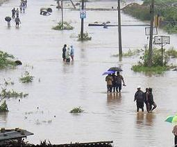 India offers $532 million to states hit by drought, floods   Sustain Our Earth   Scoop.it
