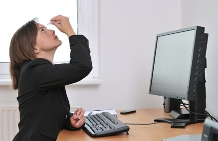 Do you have computer vision syndrome? | health enews | Licensed Optician | Scoop.it