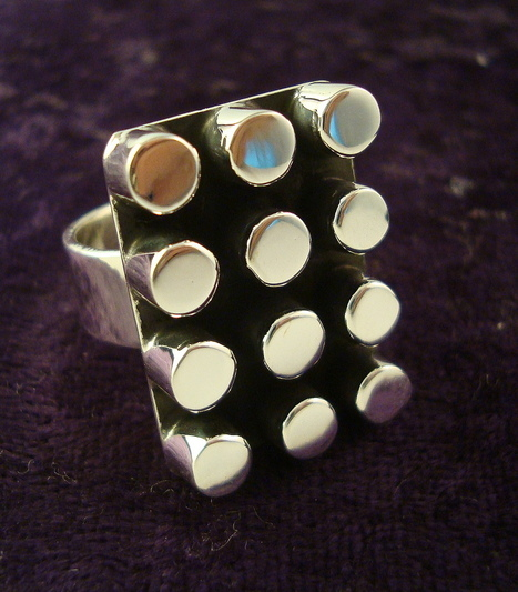 Geometric Dots Ring - Mexican Silver Store | Taxco.925 Mexican Silver Store | Scoop.it