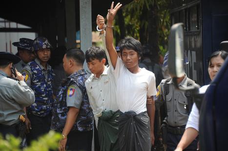 """Birmanie. Des étudiants mis en examen reprennent le symbole du film """"Hunger Games""""   Autres Vérités   Scoop.it"""