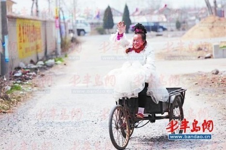 Chinese Woman Has Been Wearing Her Wedding Dress Every Day for the Last Ten Years | Strange days indeed... | Scoop.it