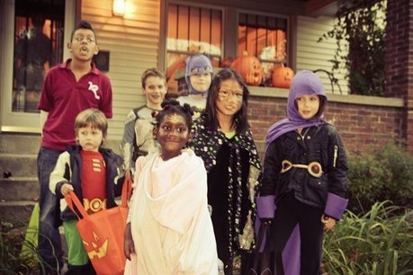 Does Your Neighborhood Pass the Trick-or-Treat Test? | Front Porch Community: Neighborhood Community-Building | Scoop.it
