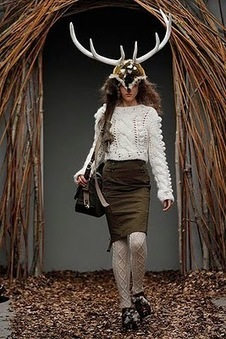 e c c o * e c o: London Fashion Week: UNIQUE's Primal Showing | Research for preparing a Questionnaire | Scoop.it