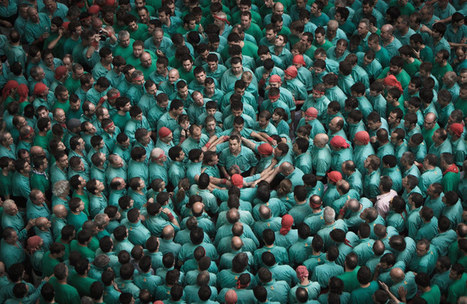 human tower competition photographs by david oliete | What's new in Visual Communication? | Scoop.it