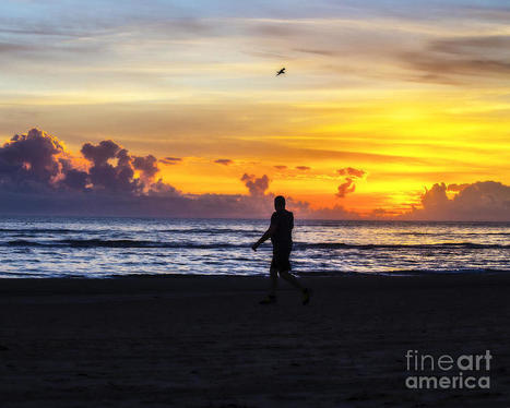 Enjoying The Sunrise, South Padre Island, Texas by TN Fairey | Texas Coast Living | Scoop.it