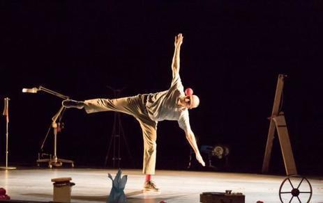 Bagneux  : Un clown philosophe au Plus Petit Cirque du Monde   Revue de presse théâtre   Scoop.it