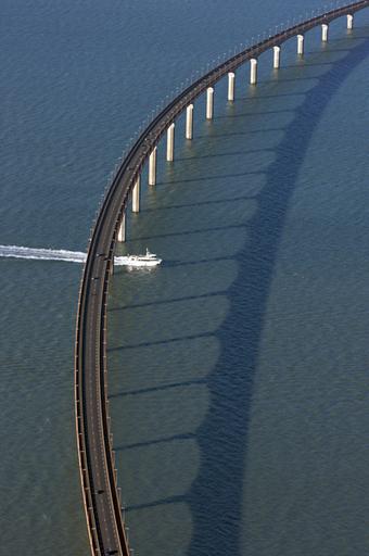 Dans les entrailles du pont de Ré... | La Rochelle & Ses événements | Scoop.it