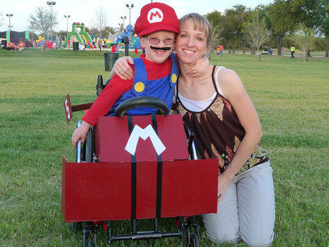 Mom Dresses Up Son's Wheelchair with Clever Halloween Costumes | TechGuide MashUp | Scoop.it