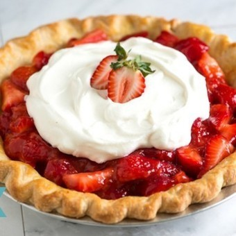 Simple Strawberry Pie Recipe - Inspired Taste | Beyond Chicken Salad | Scoop.it