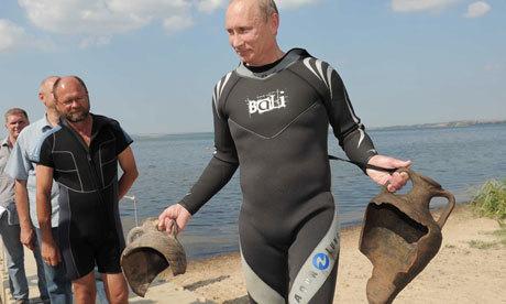 Vladimir Putin's Greek urns claim earns ridicule | Under Water | Scoop.it