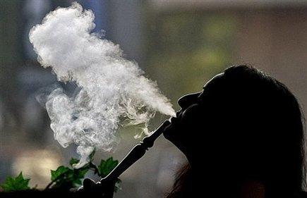 3 mois de prison pour avoir fumé en public pendant le Ramadan   Islam News   Scoop.it