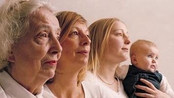'Memories' pass between generations | Kinsanity | Scoop.it