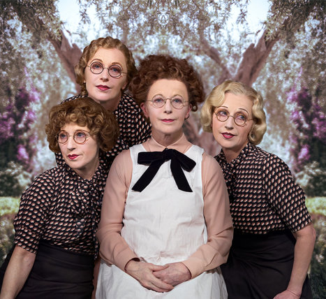 Cindy Sherman Takes On Aging (Her Own)   PHOTO : PⒽⓄⓣⓄ ⅋ +   Scoop.it