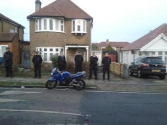South East Alliance are at Qatadas house now and its surrounded by armed police. Good use of taxpayers money #edl | The Indigenous Uprising of the British Isles | Scoop.it