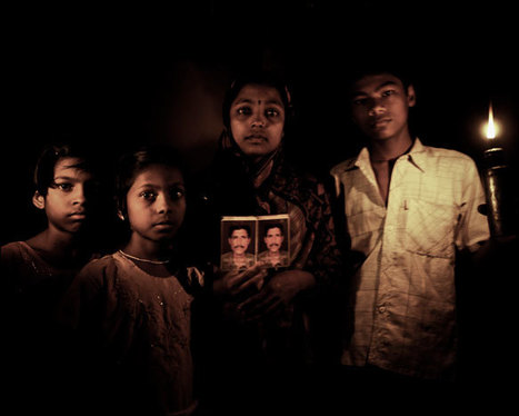The Language of Progress & Assertion of Self-Dignity | Photographer: Sanjit Das | PHOTOGRAPHERS | Scoop.it