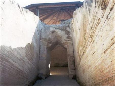 Αρχαία Πελλάνα - Στην Πελλάνα η αρχαία Λακεδαίμων!  Ανατροπές στην ελληνική ιστορία φέρνει η ανασκαφή του ανακτόρου του βασιλιά Μενελάου και της Ωραίας Ελένης!   Καστόρειο - Λακωνίας - News   Scoop.it