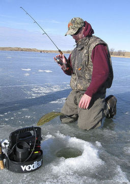What you need when fishing the hard water | Knives, Survival, Bushcraft, and Hunting | Scoop.it