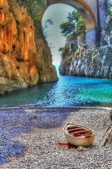 pikstrim — Vettica Minore, Amalfi coast, Italy   Digital Journal   Scoop.it