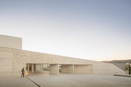 [Caneças, Portugal] Caneças High School / ARX   The Architecture of the City   Scoop.it