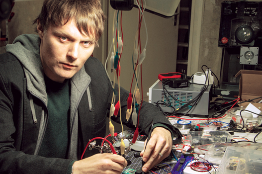 L'Ingénieur Critique - Rencontre Julian Oliver (2014) - La Gaîté Lyrique