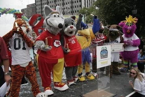 Mascots Are Getting a Hall of Fame and It's Making Benny the Bull Emotional   Mascots   Scoop.it