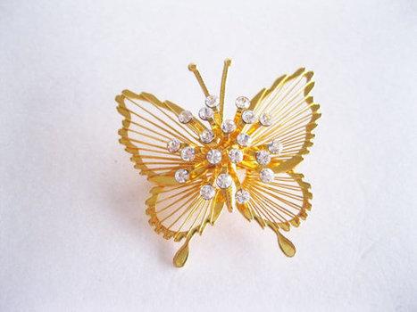 Monet Butterfly Rhinestones Goldtone Brooch Vintage   Vintage jewerly   Scoop.it